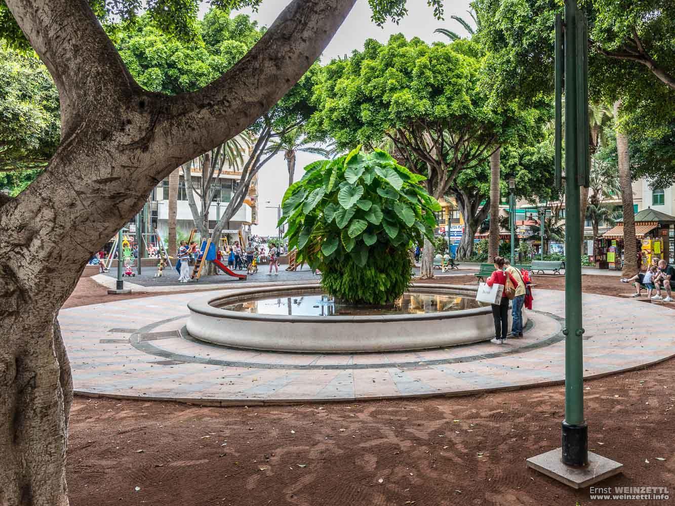 Der Brunnen auf der Plaza del Charco.