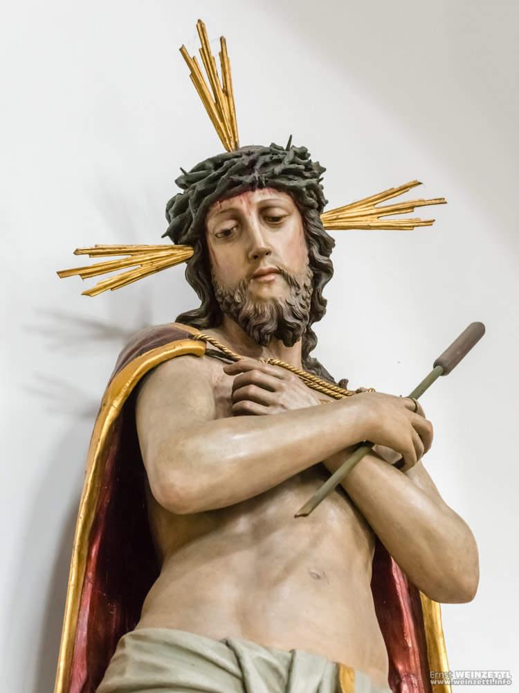 Jesusstatue in der Ulrichskirche
